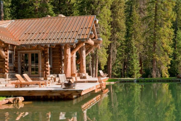 Log Cabin By Lake The Log Builders