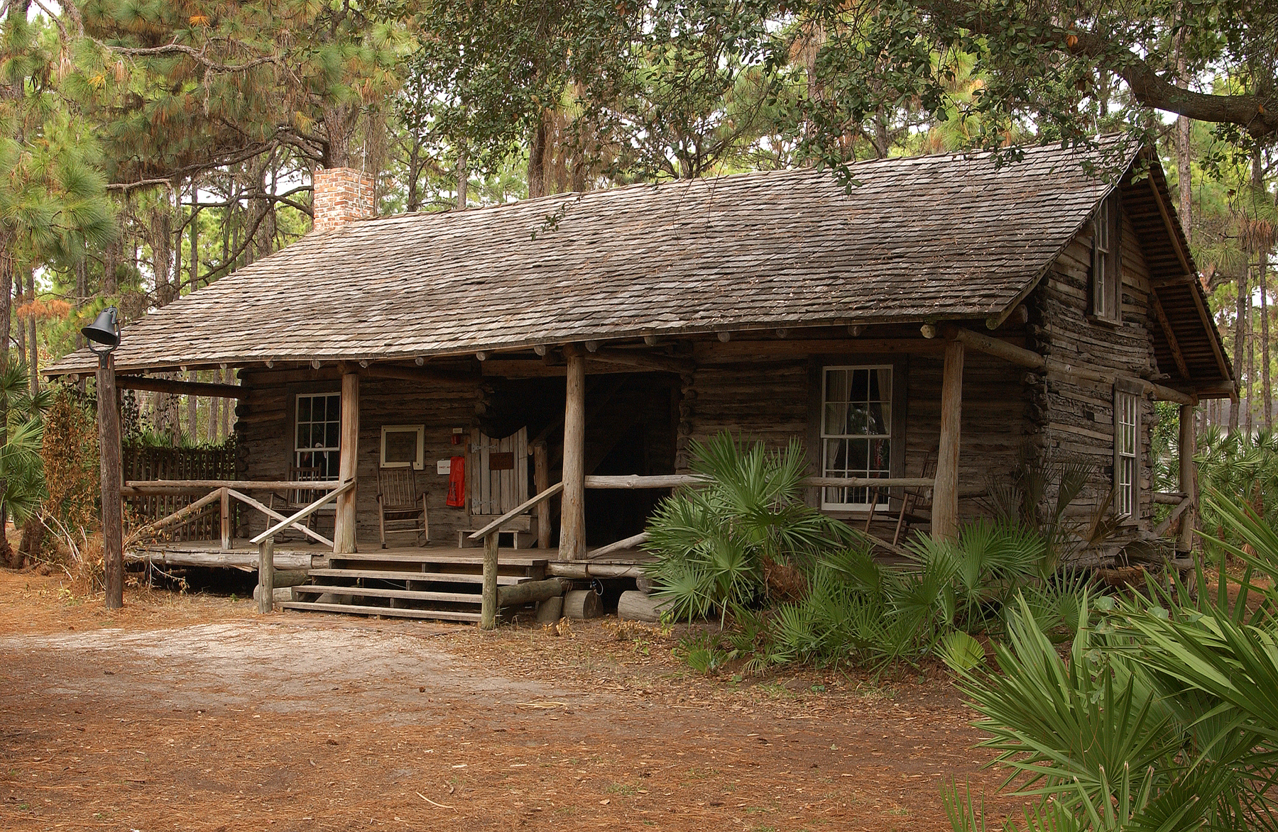 Let s get rustic with this old fashioned log cabin the Texas cabins in the woods