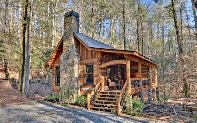 The Greatest Little Log Cabin In The Woods The Log Builders